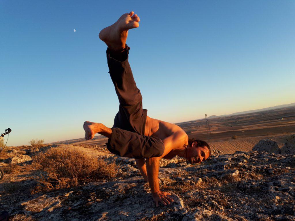 Clases de Yoga en sus diferentes versiones